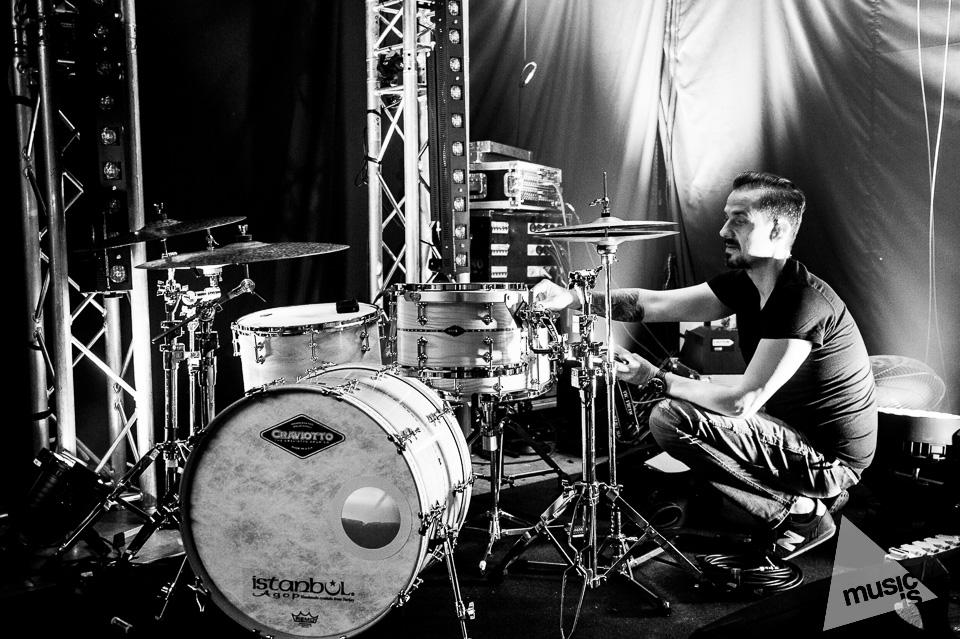20141009-Radek-Zawadzki-Natalia-Nykiel-backstage-09.jpg