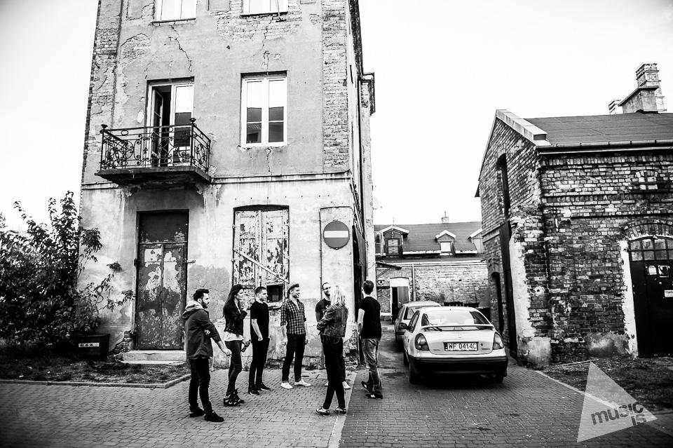 20141009-Radek-Zawadzki-Natalia-Nykiel-backstage-15.jpg