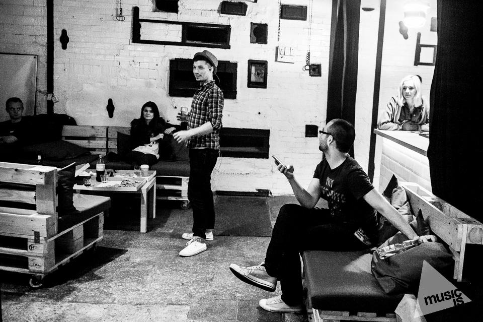 20141009-Radek-Zawadzki-Natalia-Nykiel-backstage-30.jpg