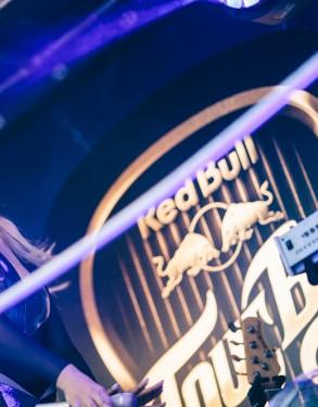 Red_Bull_Tour_Bus_Natalia_Nykiel_Gliwice_fot._Pawel_Zanio-50