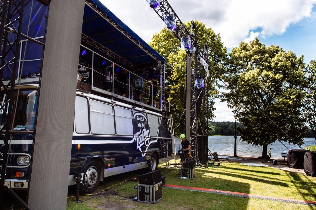 Red_Bull_Tour_Bus_Olsztyn_fot._Pawel_Zanio-50-e1498481587748.jpg