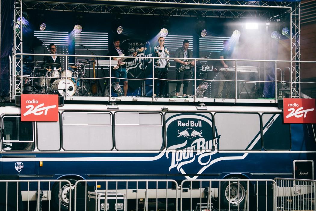 Red_Bull_Tour_Bus_Rzeszow_fot._Pawel_Zanio-22-e1497433594759.jpg
