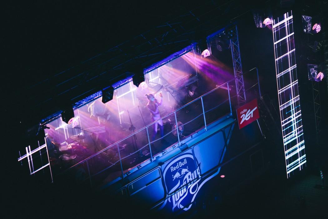 Red_Bull_Tour_Bus_Rzeszow_fot._Pawel_Zanio-78-e1497433902427.jpg